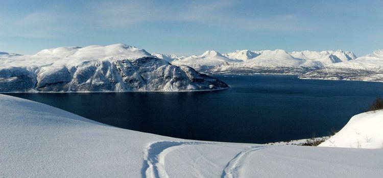 Alpes Lyngen Noruega