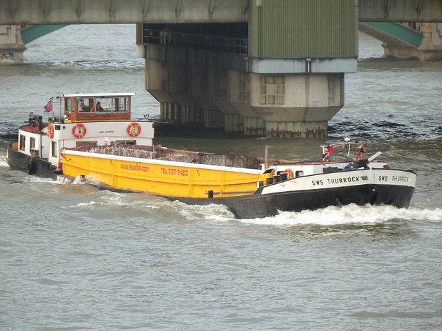 cargo vessel sws thurrock /11/1/2013/ by philip bisset, via Flickr