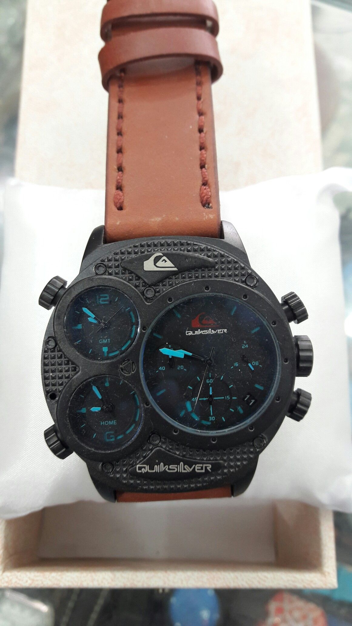 Watches Shops Wrist Watches Tents Tag Watches Clocks