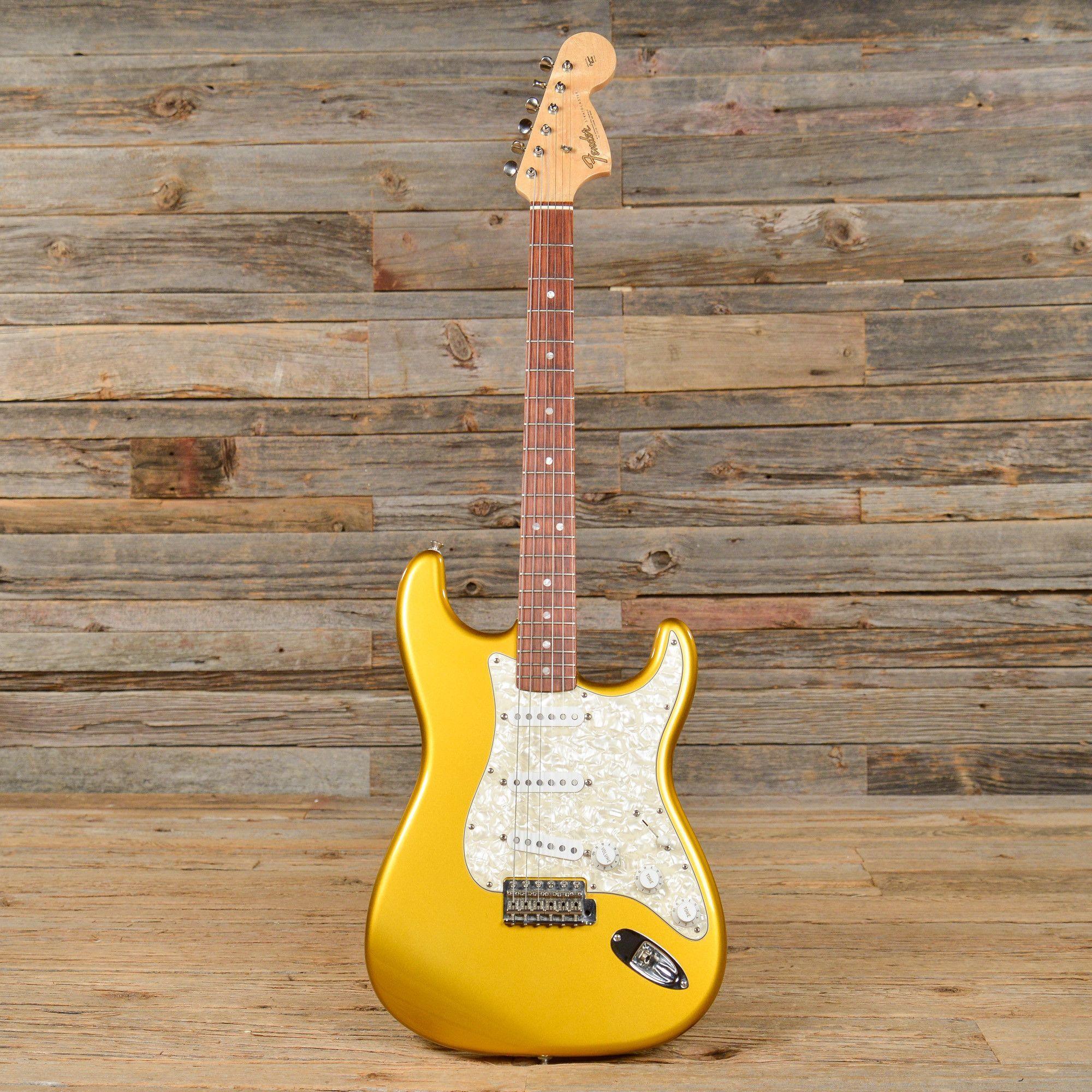 Erkunde Fender Stratocaster Fender gitarren und noch mehr