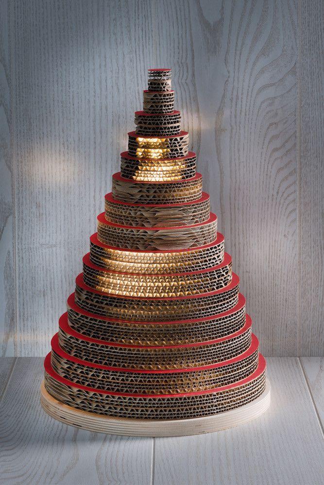 Albero Di Natale In Cartone Realizzato Con Cartone Multistrato Di