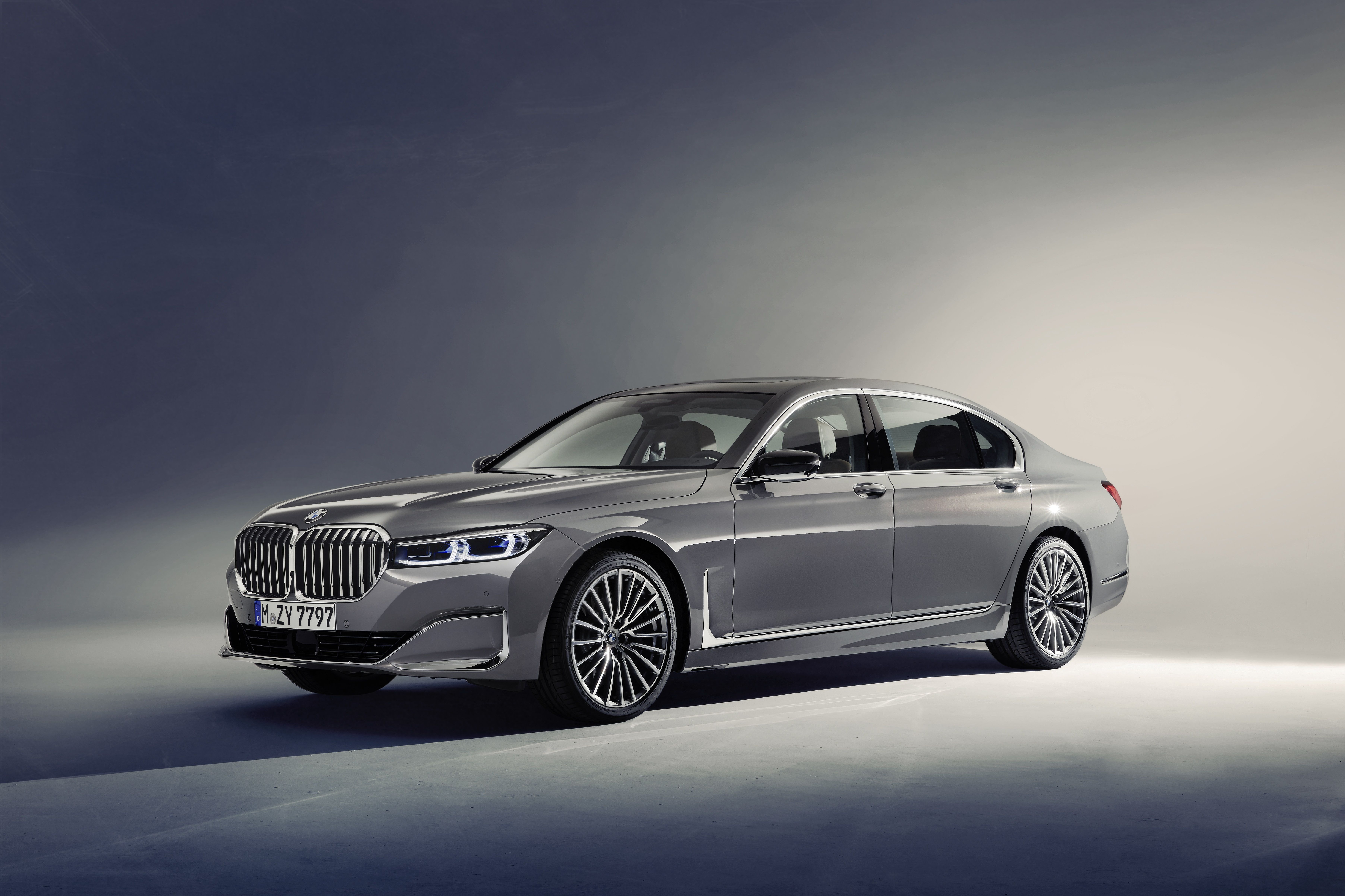 Pin By Hubert On Mercedes S550 With Images Bmw 7 Series Bmw