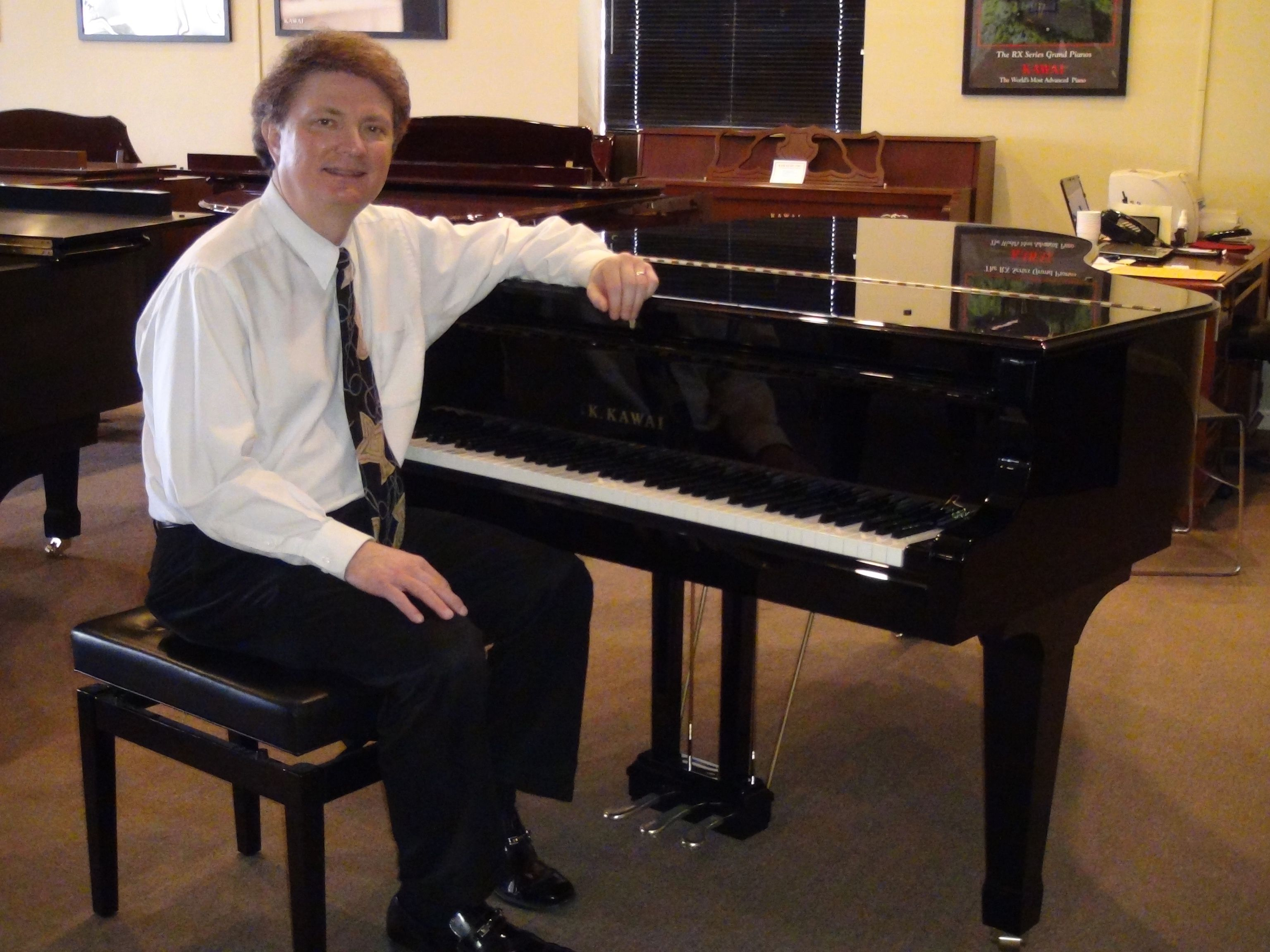 Hire Professional Piano Teacher To Learn Best Quality