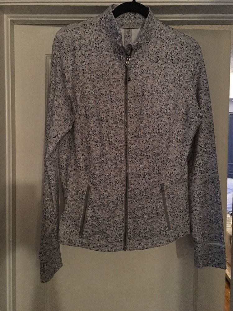 $  49.00 (28 Bids)End Date: Apr-30 15:04Bid now  |  Add to watch listBuy this on eBay (Category:Women's Clothing)...