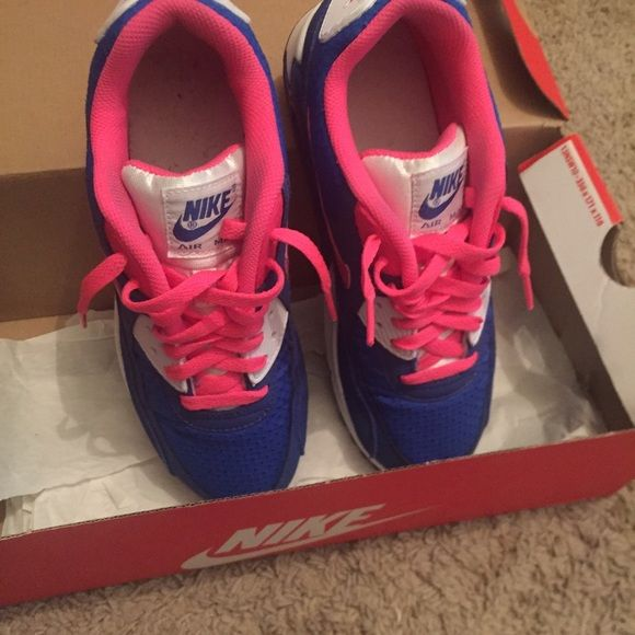 Nike airmax Size 6 Shoes Athletic Shoes