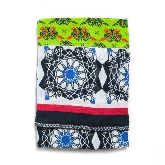 Zara Oriented Printed Scarf Zara Oriented Printed Scarf. 100% Cotton. Brand  New Without Tags. Zara Accessories Scarves   Wraps 38a88534117