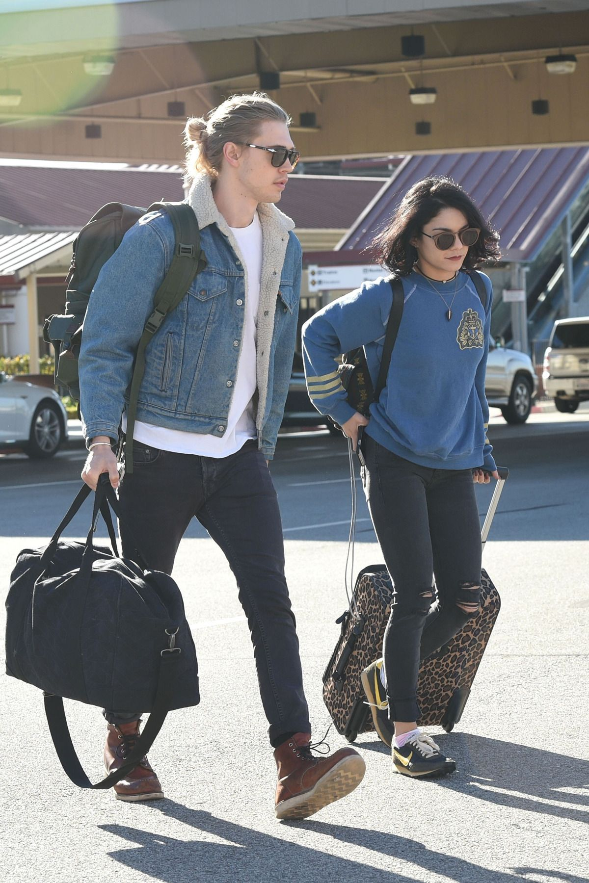 Hope, you Austin butler vanessa hudgens nude with