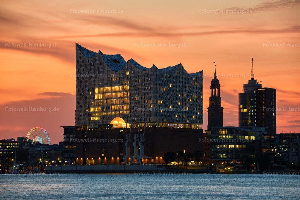 Elbphilharmonie Und Michel Bei Sonnenuntergang Bilder Hamburg Fotos