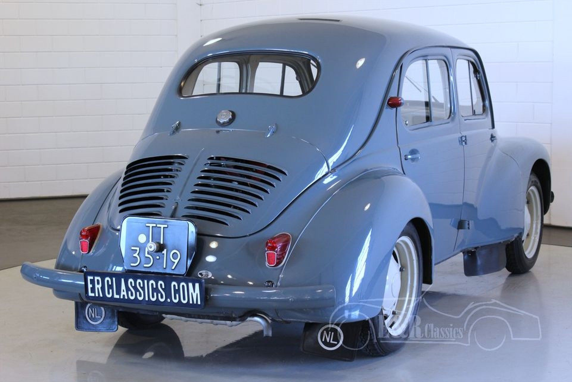 Renault 4cv 1956 For Sale At Erclassics Renault Renault 4 Classic Cars