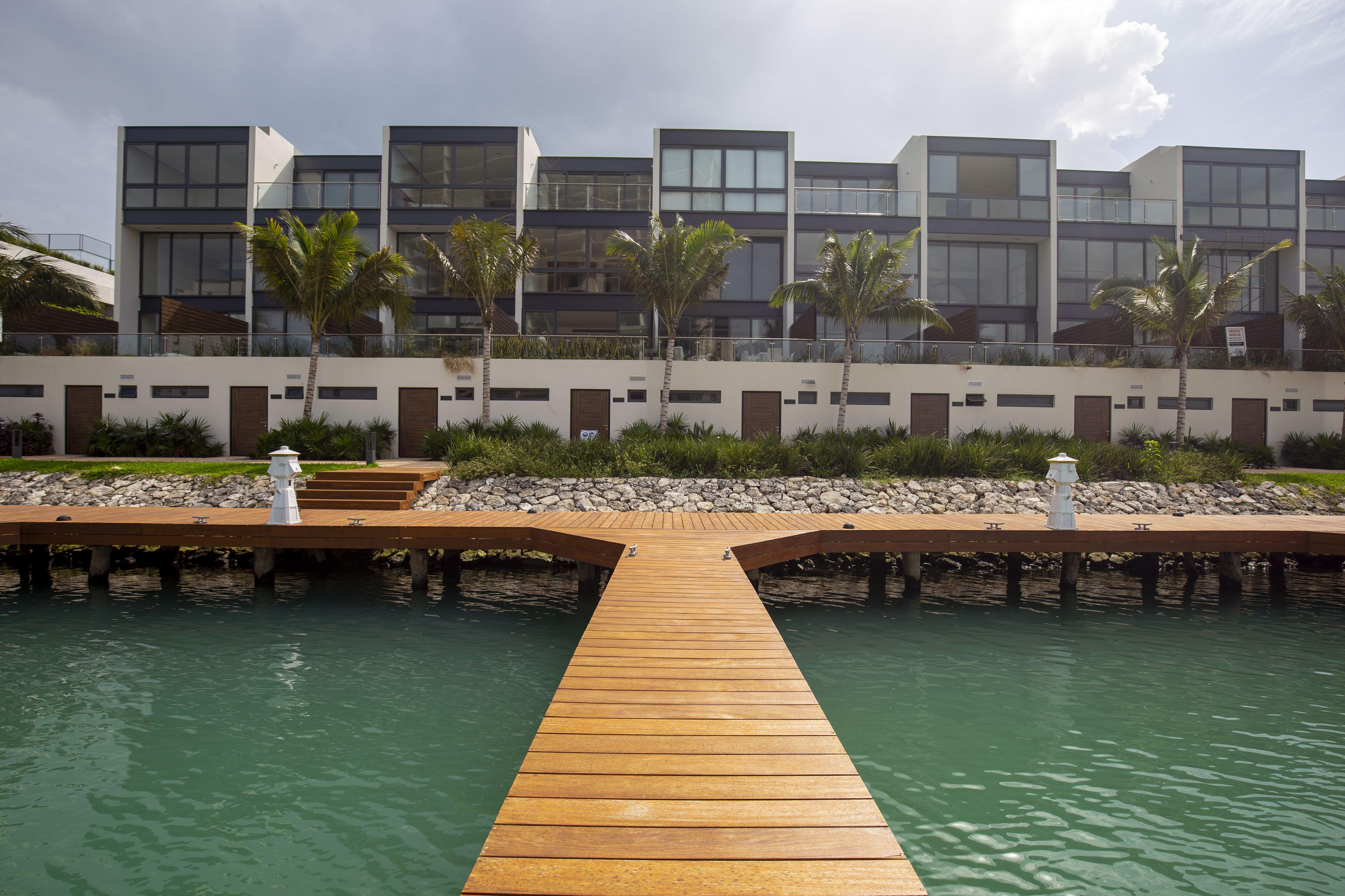 Marina Muelle 7 Cancún, la marina de mayor prestigio y lujo.