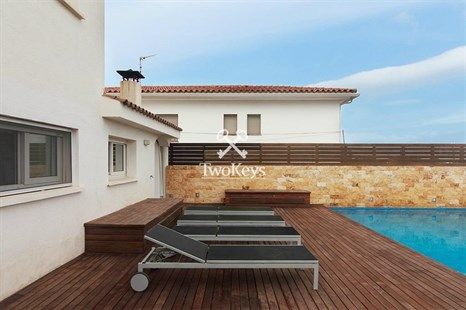 Luxury house in Alella with Jacuzzi and sauna. More info
