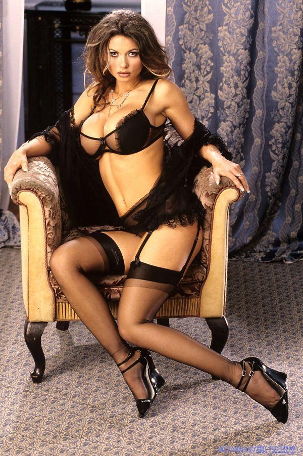 Veronica zemanova in lingerie