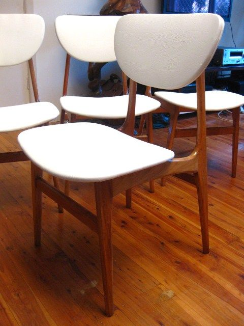 1970′s Elite Retro Dining Chairs Have a SEAT please