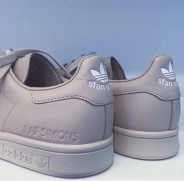 2017 Stan Femme Chausseurs Adidas Simons Smiths Tendance X Raf BES4UqwUx