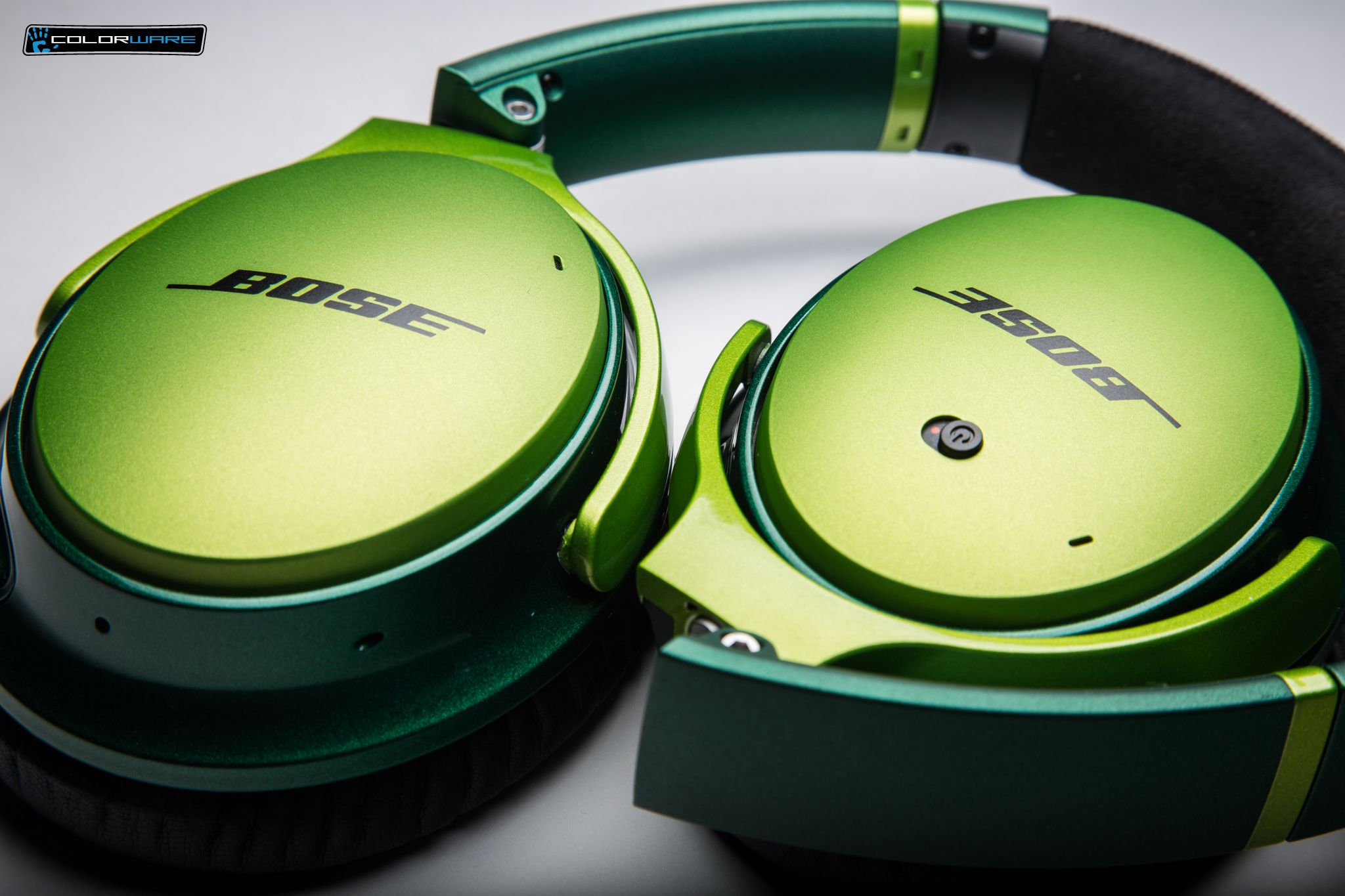 Dont Be Green With Envy Get A Pair Of Custom Bose Qc25 Quietcomfort Headphone For Apple Devices White