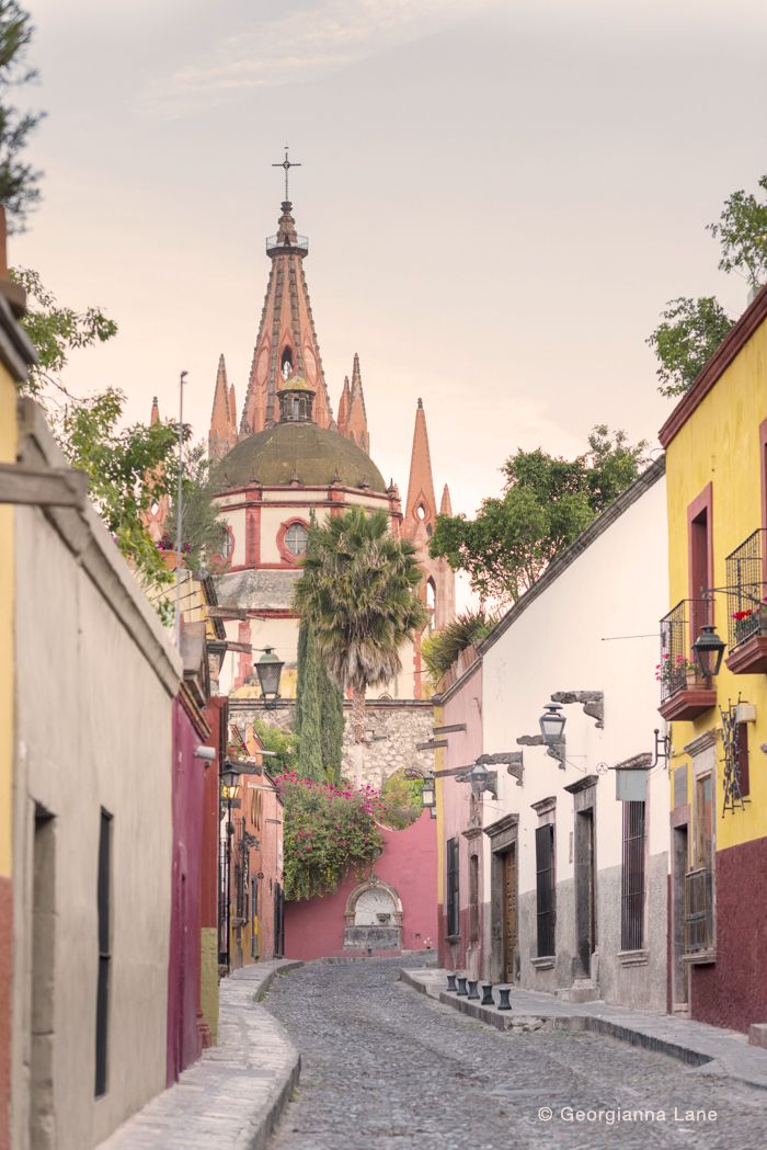 Street in San Miguel de Allende, Mexico photographed by Georgianna Lane