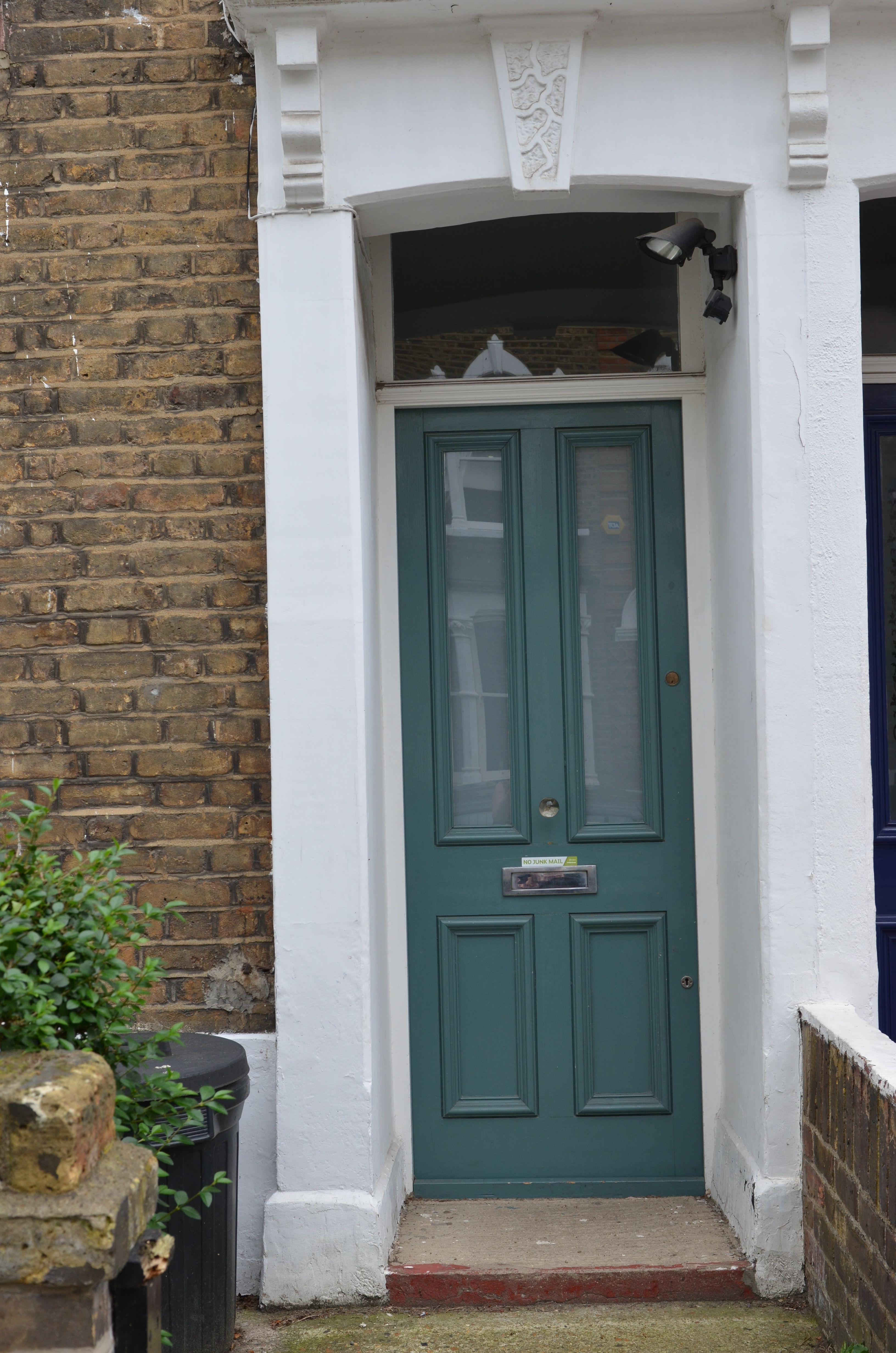 Elegant Entry Door Color Ideas | Camalli.net