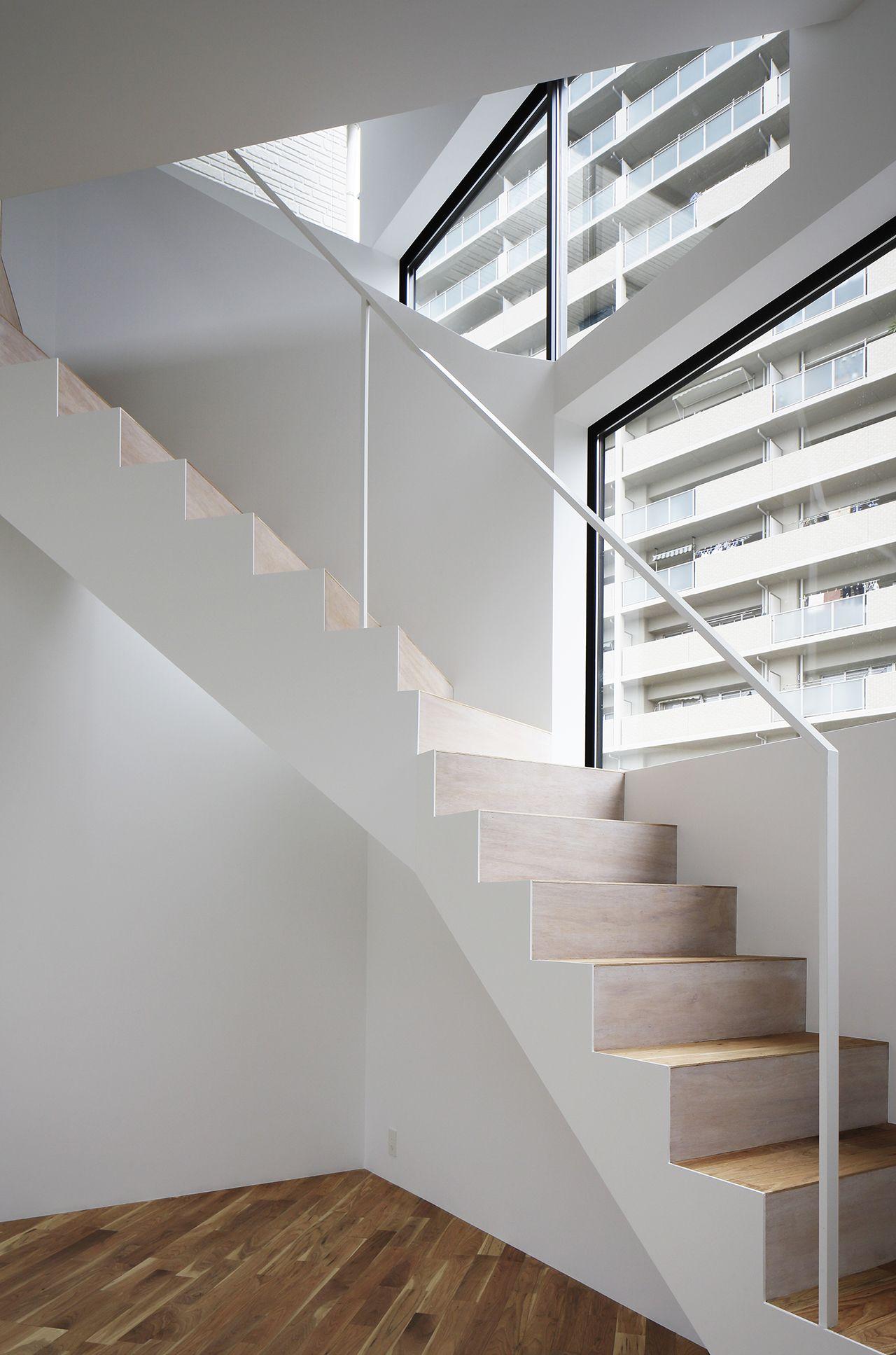 Spiral Window House Project Villa