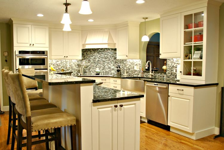 A Basic Leominster Ranch Gets A Kitchen Renovation Worthy Of A