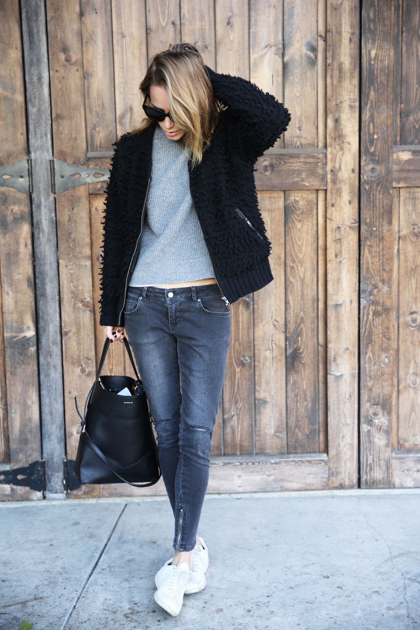 This casual style made up of mixed greys and... - Street Style