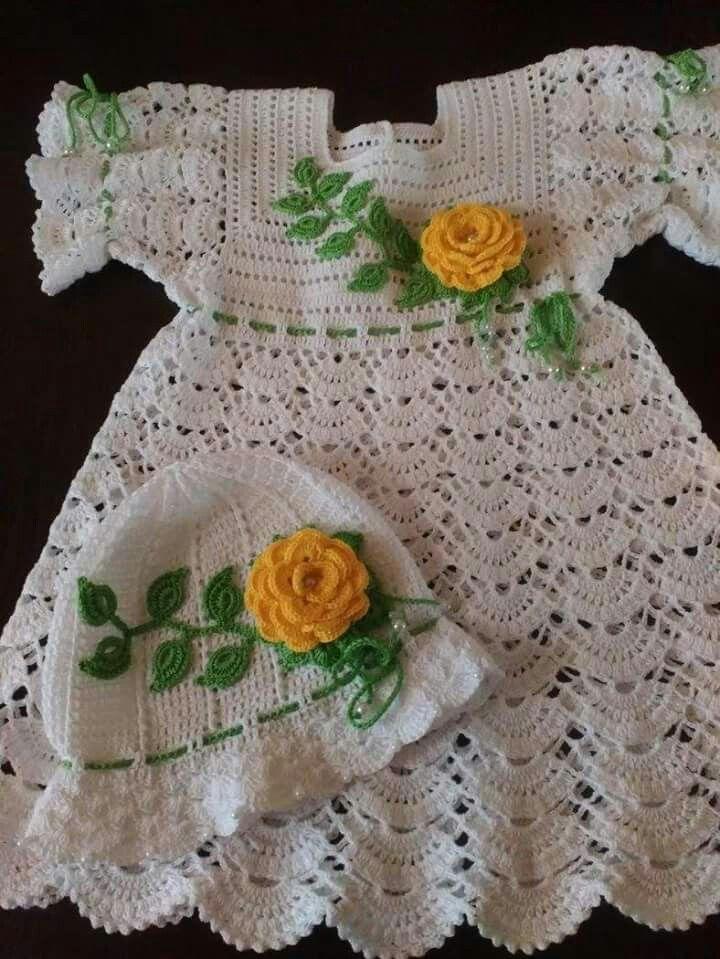 Pin de Delia Mateut en rochite | Pinterest | Vestido de bebé ...