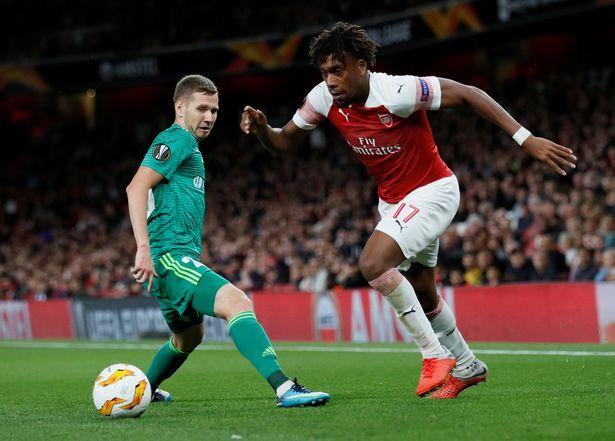 Arsenal fans raise excellent Alex Iwobi point after Europa League win over Vorskla - Mirror Online