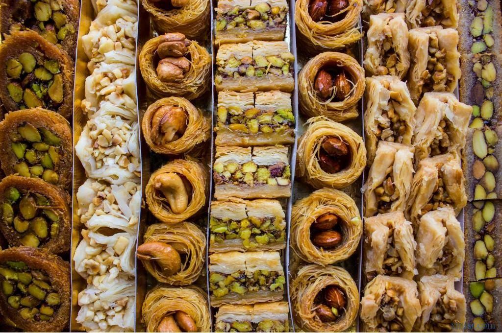 بالصور اجمل انواع الحلويات الشرقية Food Sausage Meat