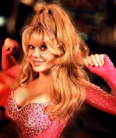 Charo shows her pussy on tv — photo 14
