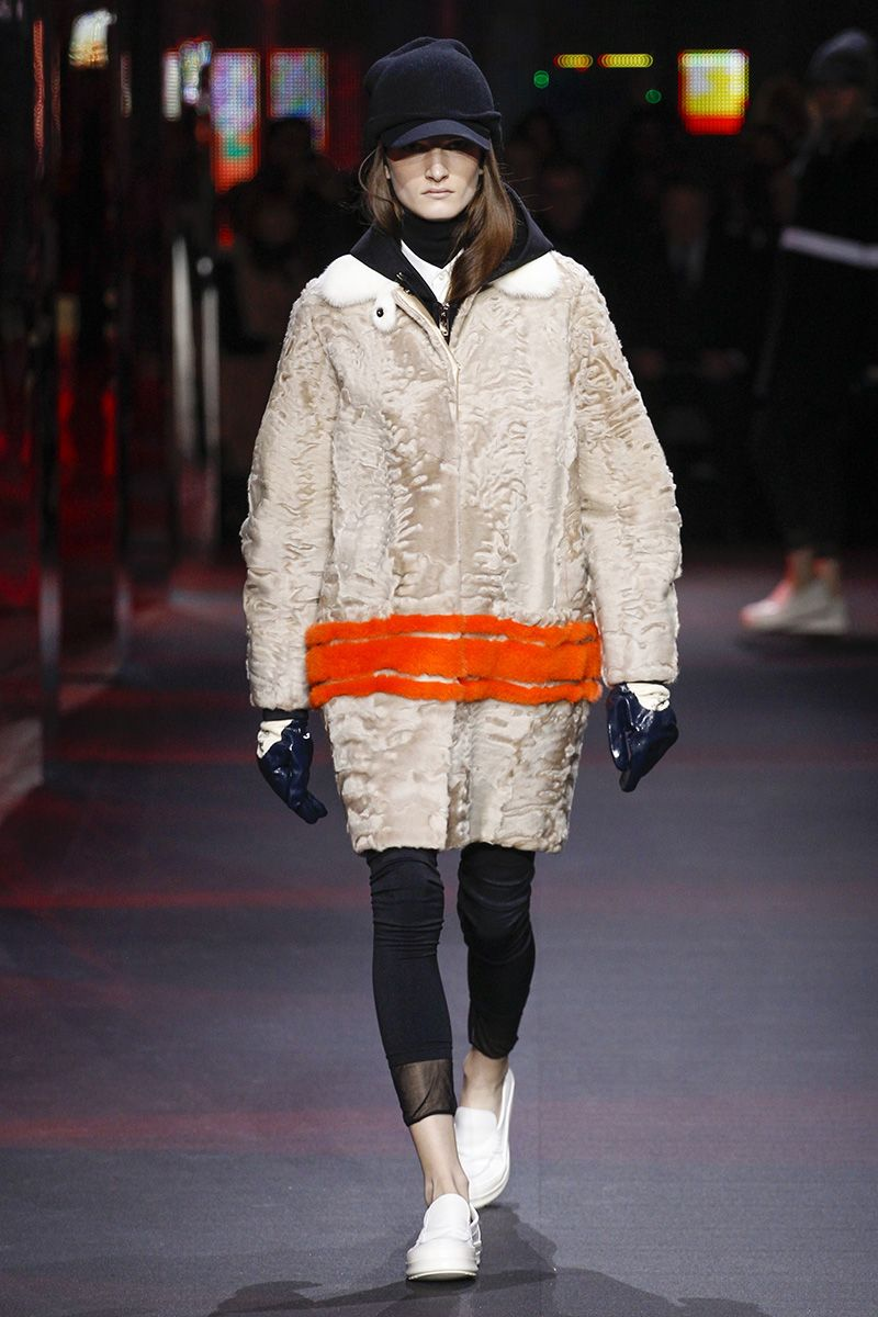 Gamme moncler rouge fall runway review
