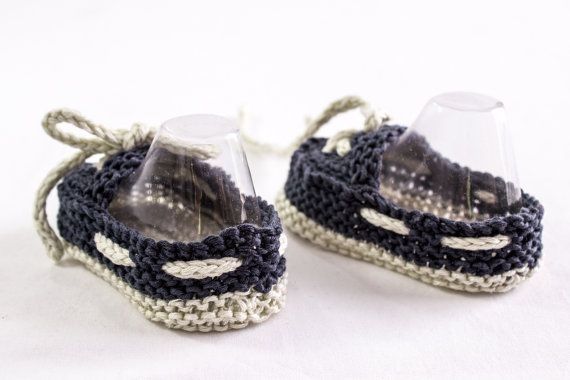 KNITTING PATTERN Baby Boat Shoes Easy Knit Baby by heaventoseven