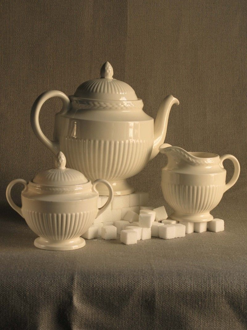 Wedgwood Tea Set - Edme pattern ~ very close to Wedgewood Windsor ~