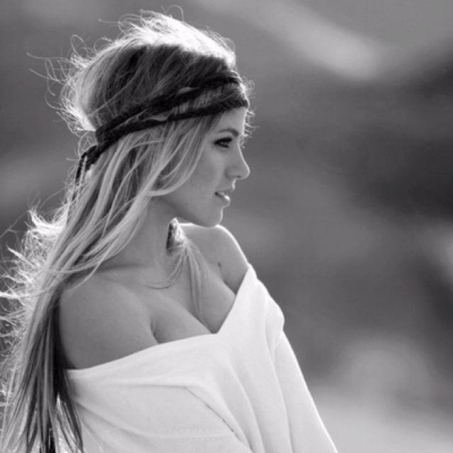 I wish my hair would look like that in a headband