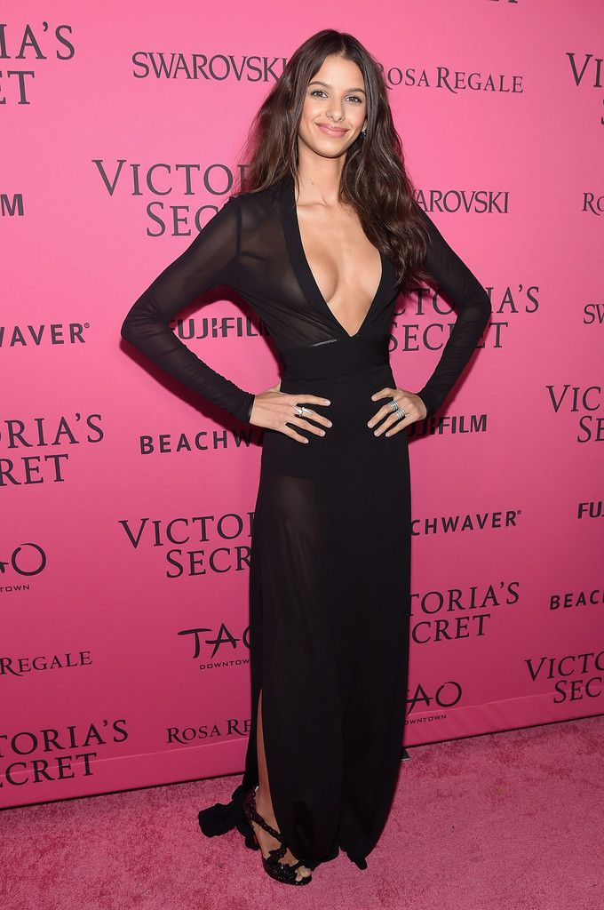 bruna lirio at the victorias secret fashion show, pink