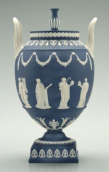 408 Wedgwood Jasperware Urn On Wedgwood Pinterest Wedgwood
