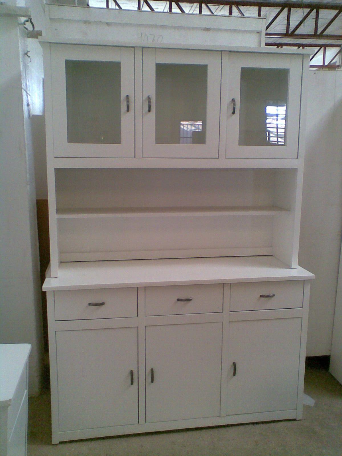 Libreria de madera de pino lacada en blanco tres puertas for Milanuncios muebles dormitorio