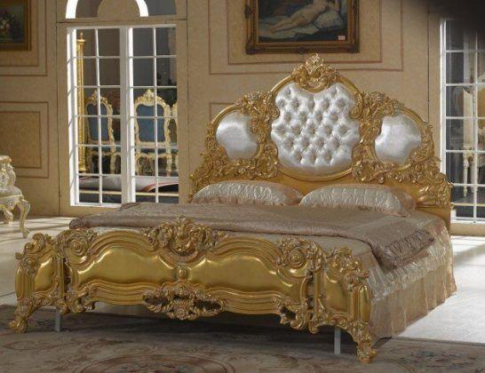 Lit Baroque Dans Chambre Royale Deco Mobilier De Salon Lit