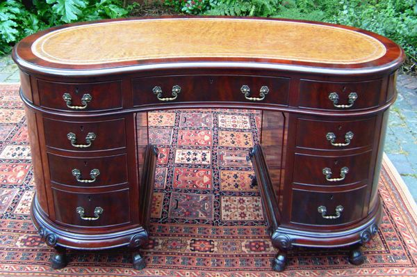 Vintage Kidney Shaped Mahogany Pedestal Desk - Vintage Kidney Shaped Mahogany Pedestal Desk This, That, And The