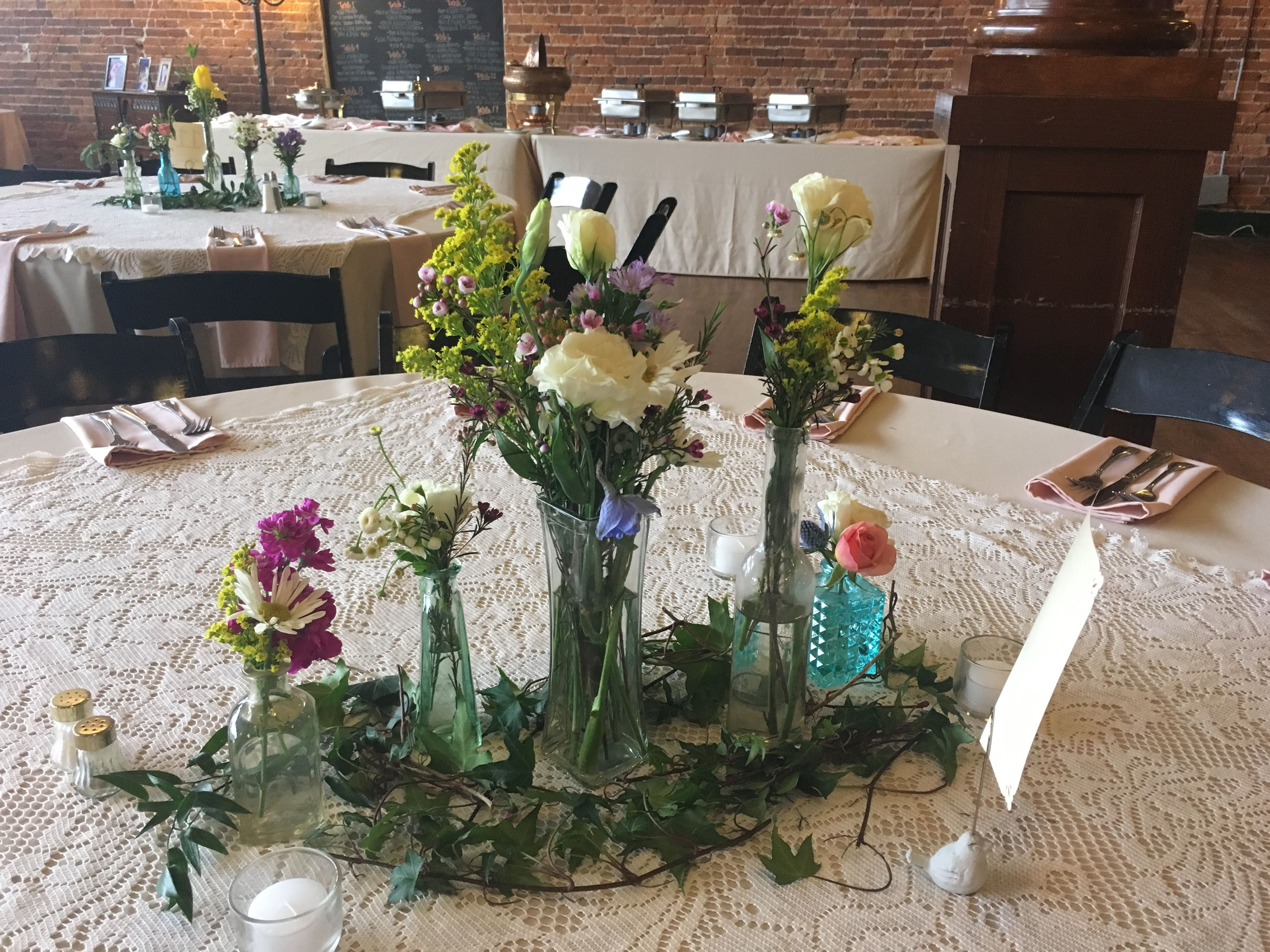 We Love This Mix Of Flowers Used For Centerpieces They Absolutely
