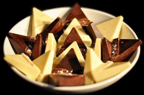 image via we heart it 3 bitter chocolate darkchocolate food girl hungry i love toblerone tumblr white whitechocolate yummy weakness