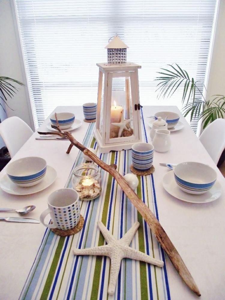 maritime Tischdeko in blau, grün und weiß - Treibholz und Muscheln - Deko Gartenparty Grun