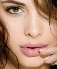 Best Lipstick Color for Fair Skin and Dark Hair | Advertising ...