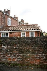 How to brighten a brick exterior house stuff brick - How to clean brick house exterior ...
