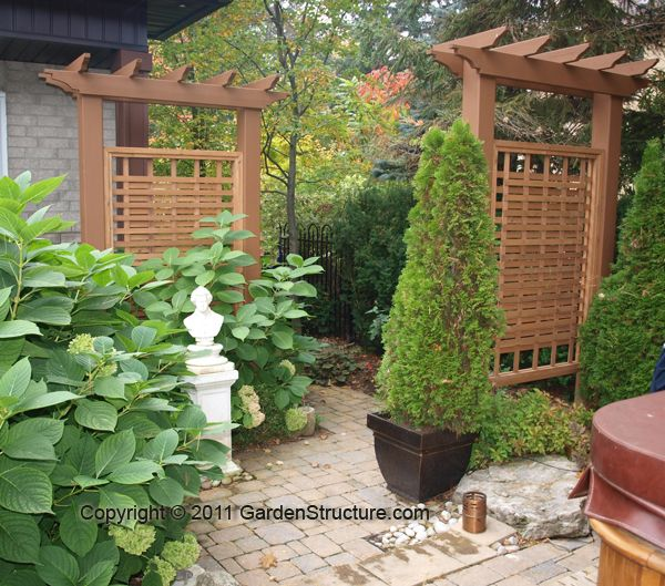 Backyard screens comments to outdoor privacy screens for Lattice yard privacy screen