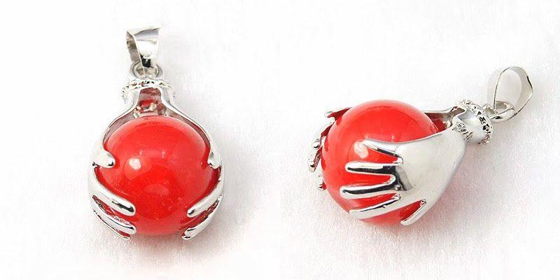 Cheap Pendants - A Gracious Look with Unique Ornaments