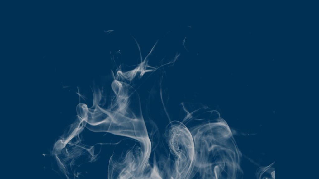 Cuando no hay más que decirnos habla el humo, nada el humo y rema en espiral...