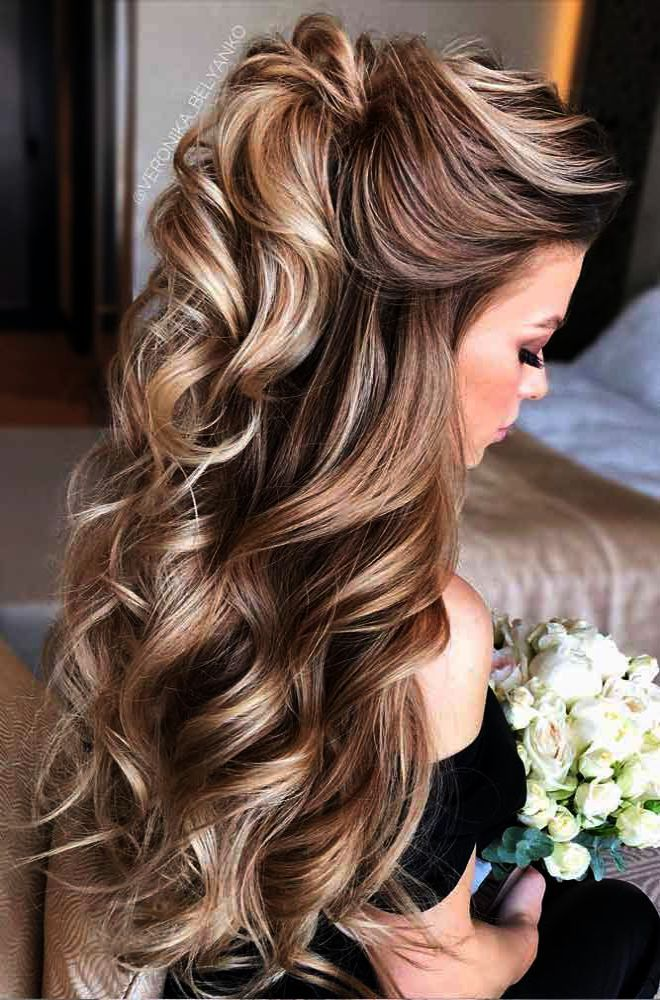 Wedding Rings Intertwined When Wedding Crashers Amazon Prime Down Curly Hairstyles Mother Of The Bride Hair Hair Styles