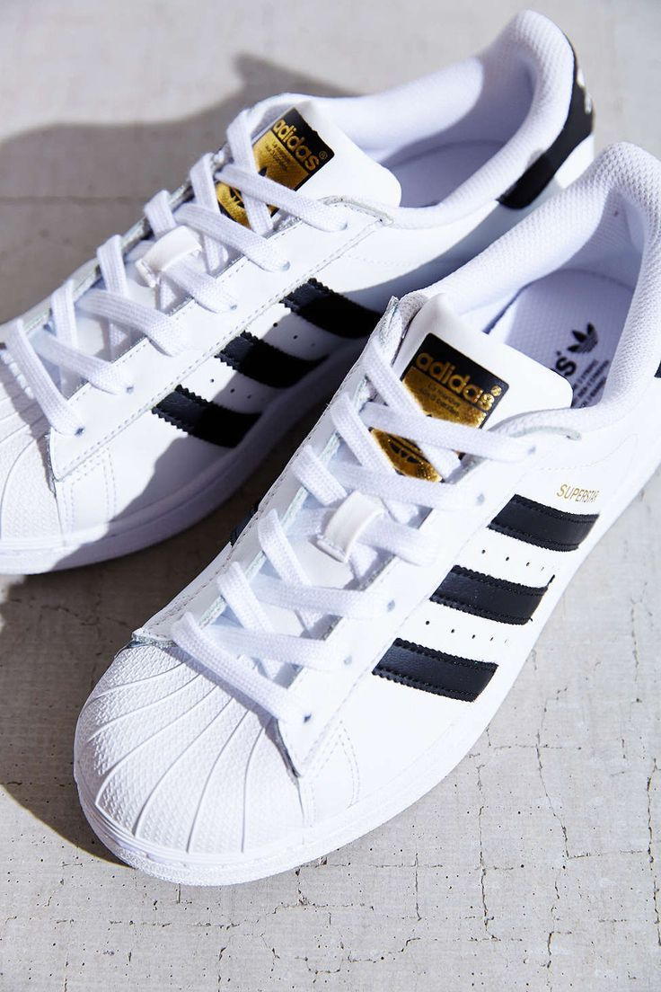 Pin by Kyra Ekstrom on Shoes in 2019 | Adidas shoes, Shoes ...