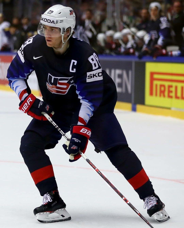 2018 Iihf Team Usa Captain Patrick Kane Chicago Blackhawks Hockey Patrick Kane Blackhawks Hockey