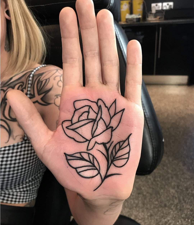 15 Lindos Tatuajes En Las Palmas De Las Manos Que Te Encantaran Tatuaje De Metal Tatuajes De Arte Corporal Tatuajes Simplistas