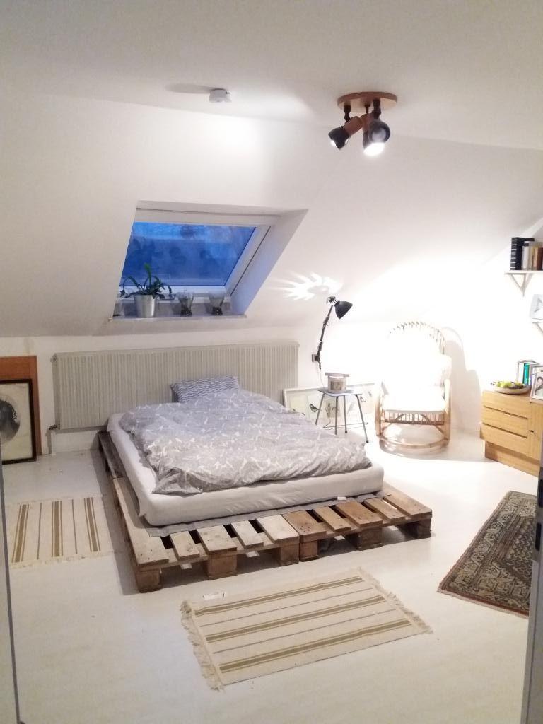 diy-palettenbett für einen gemütlichen schlafbereich. #diy #bett